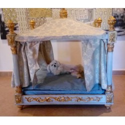 BED for Luxury and Romantic Dog