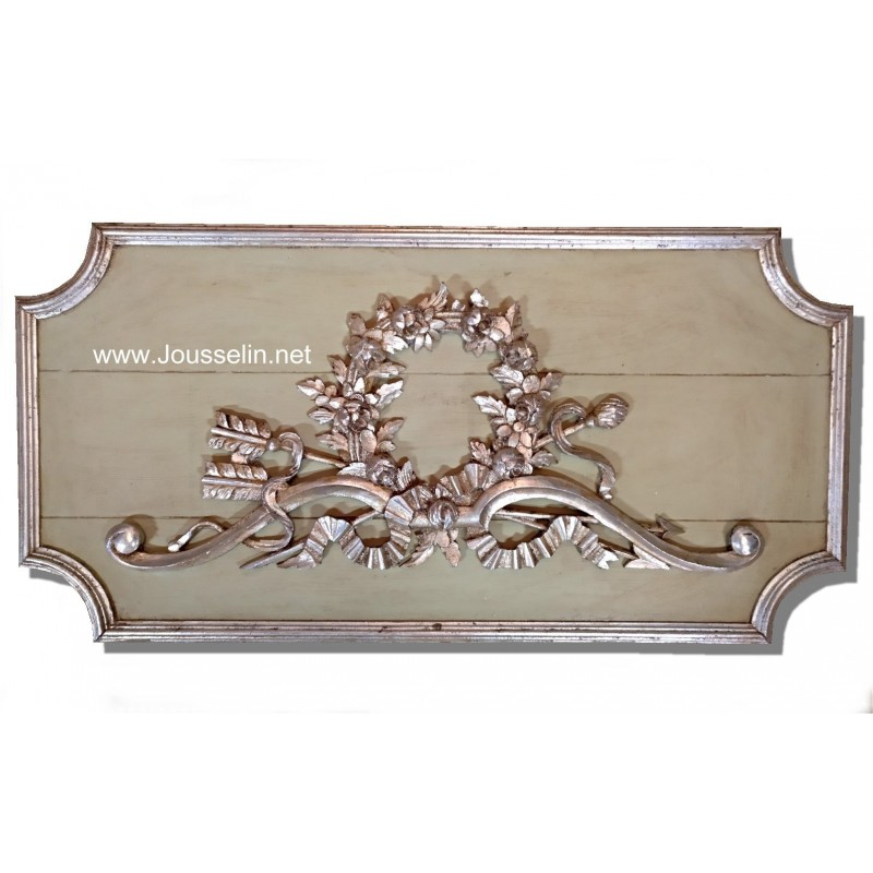 French wood paneling  Frontal door top