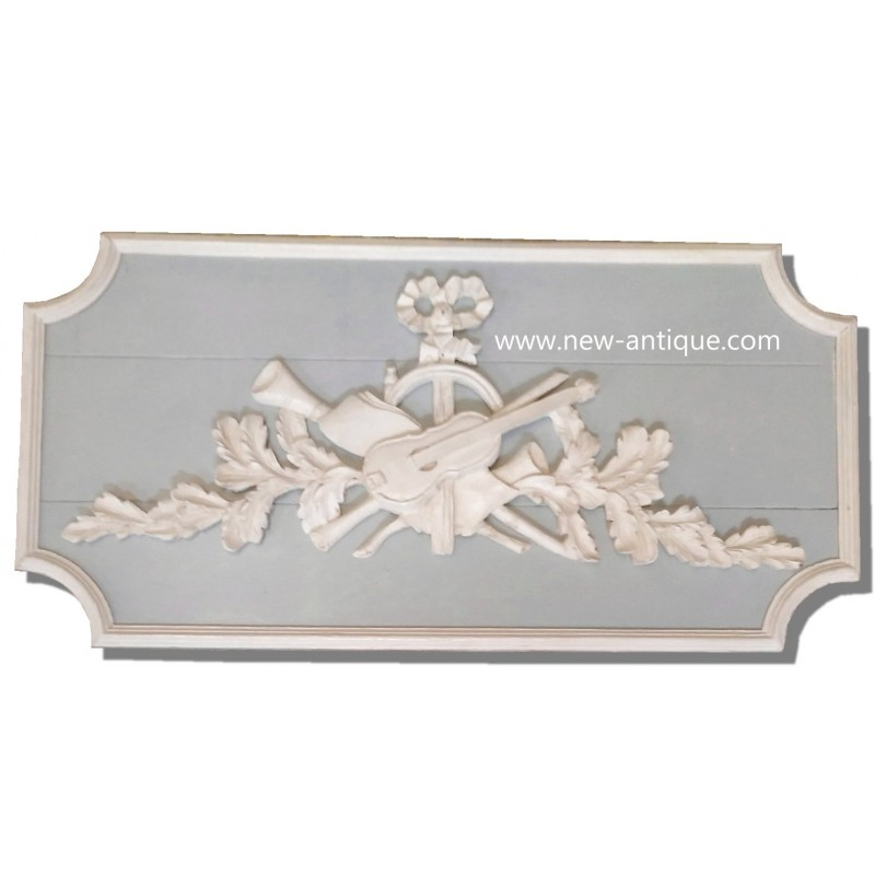 Wood paneling wood pediment