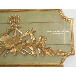 Détaille d'une paire  de trumeau LOUIS XVI avec ces deux haut de porte